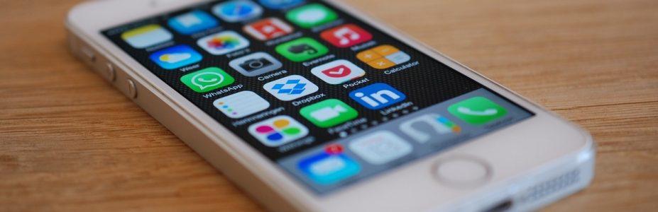 Les applications pour smartphone indispensables en voyage